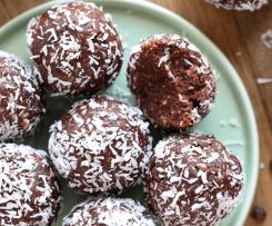 Rumové kuličky v kakau a kokosu