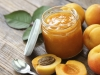 Meruňková marmeláda s mandlemi