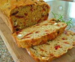 Chléb se sýrem feta a olivama