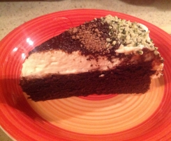 Čokoládový koláč bez lepku se šlehačkou a mascarpone