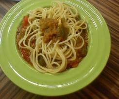 Špagety se zeleninovo-smetanovou omáčkou