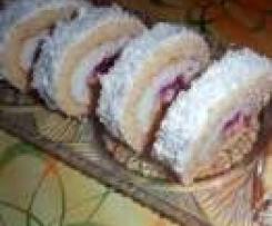 Kokosová roláda s jahodama