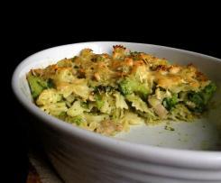 Zapečené těstoviny s kuřetem a brokolicí