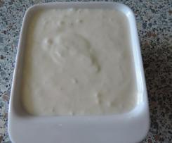 Česnekový, jogurtový dresink