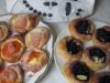 Kynuté koláče s pudinkem a ovocem