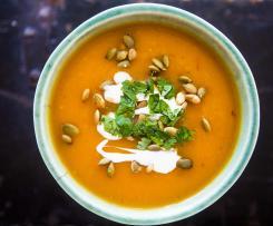 Lahodná dýňová polévka