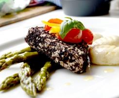 Steak z tuňáka s mandlovými noky a chřestem