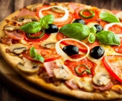 Pizza rychlé těsto bez kvasnic a rajčatová omáčka