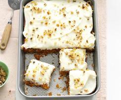 Mrkvový koláč s polevou ze smetanového sýra