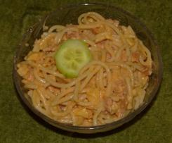 Hop salát ze špaget