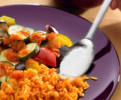 Míchaná zelenina s rýží a jogurtovou zálivkou